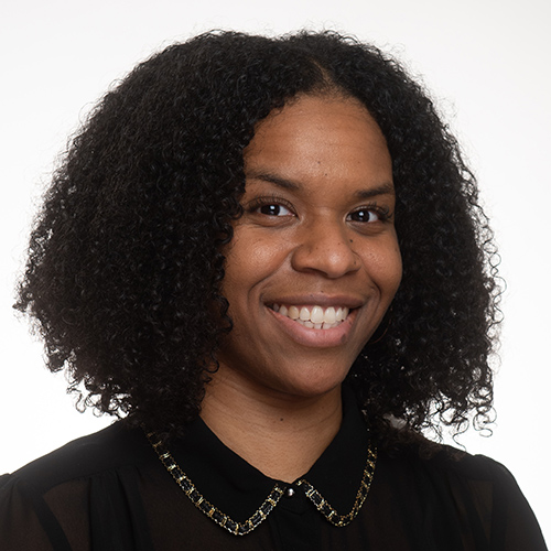 Image of Indea Powe, MSW, LCSW